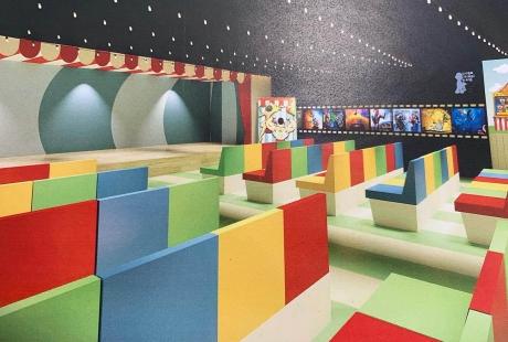 El Hospital Infantil de Zaragoza contará en octubre con un cine para los niños y las niñas ingresadas