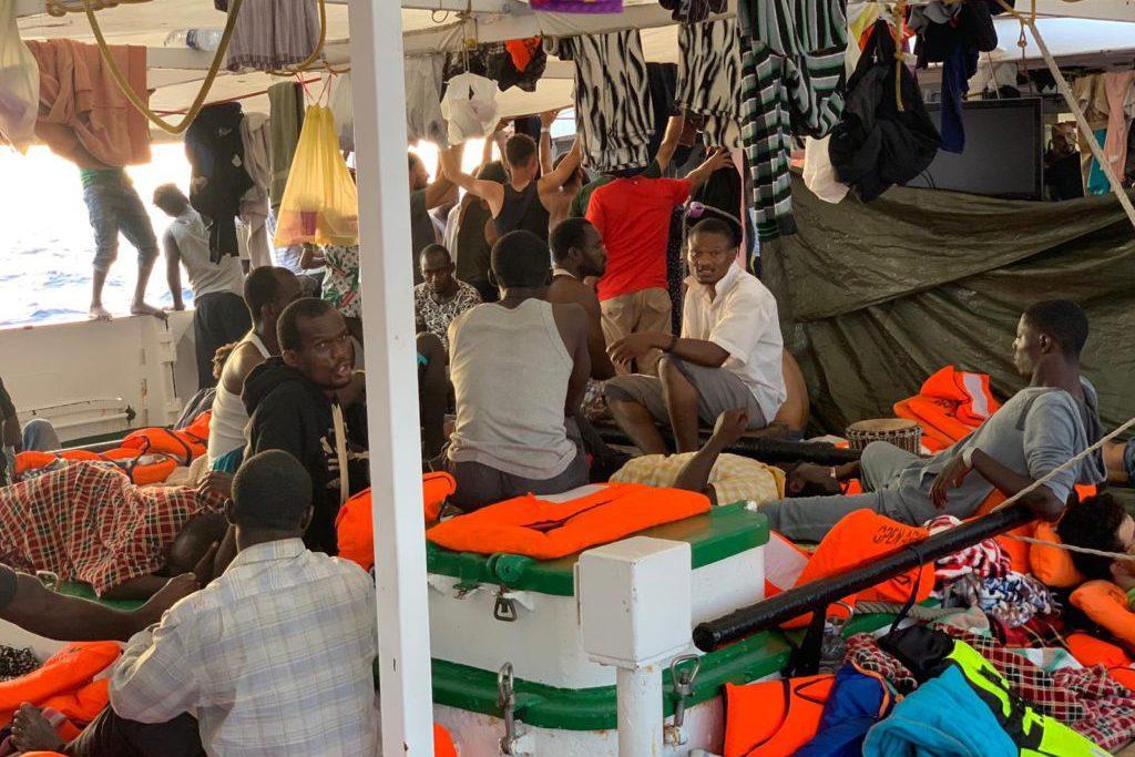 El ultraderechista Salvini se niega a conceder el permiso para desembarcar a las personas migrantes rescatadas por el Open Arms
