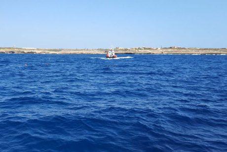 El Gobierno español rectifica y envía un buque militar para recoger a las personas rescatadas por el Open Arms
