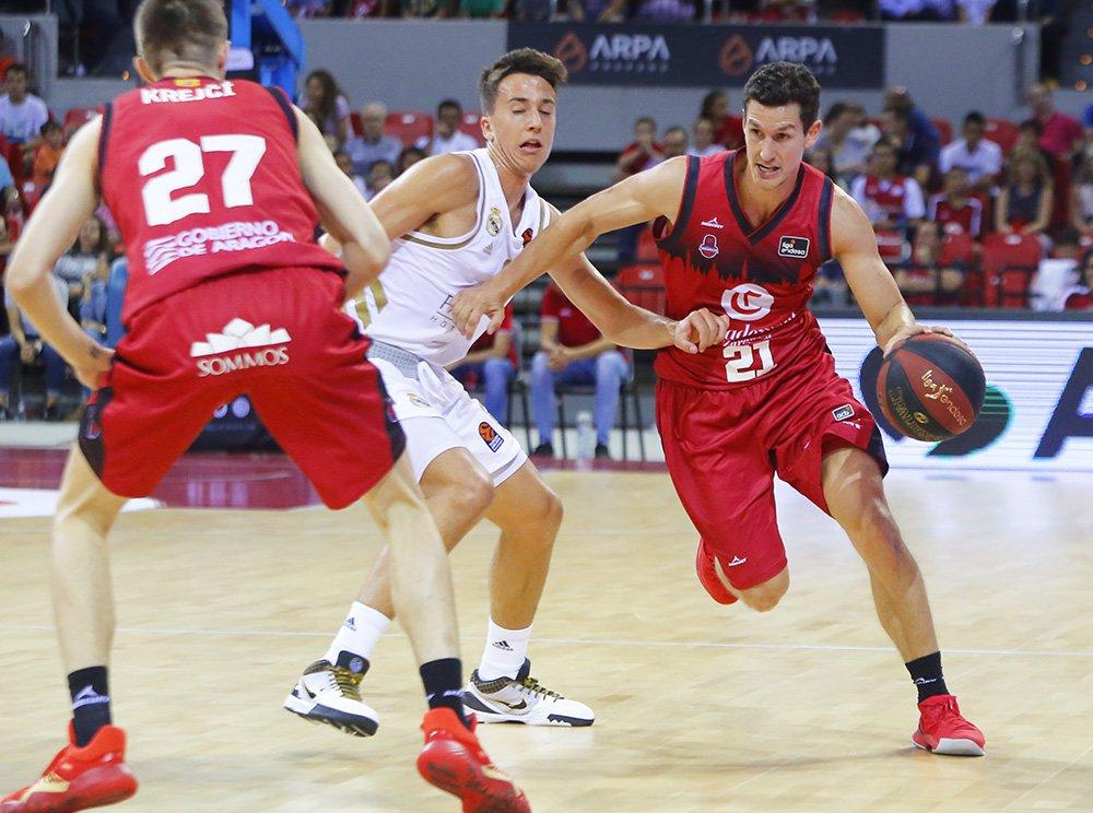 Basket Zaragoza: hay equipo, defensa y desparpajo