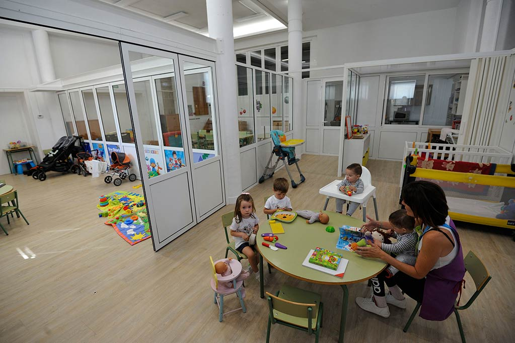 """Sietemo estrena nueva escuela infantil en una localidad que """"rejuvenece"""""""