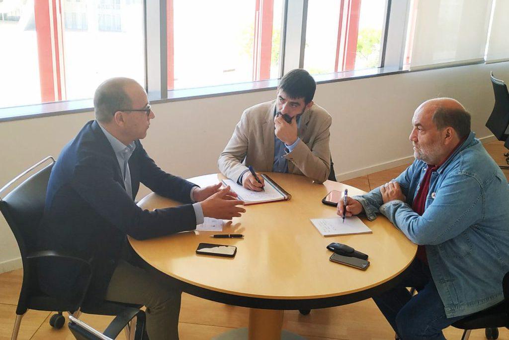 """IU considera """"insuficientes"""" las 403 plazas de Secundaria y FP en la oposición de 2020 y reclama que se llegue a las 750"""
