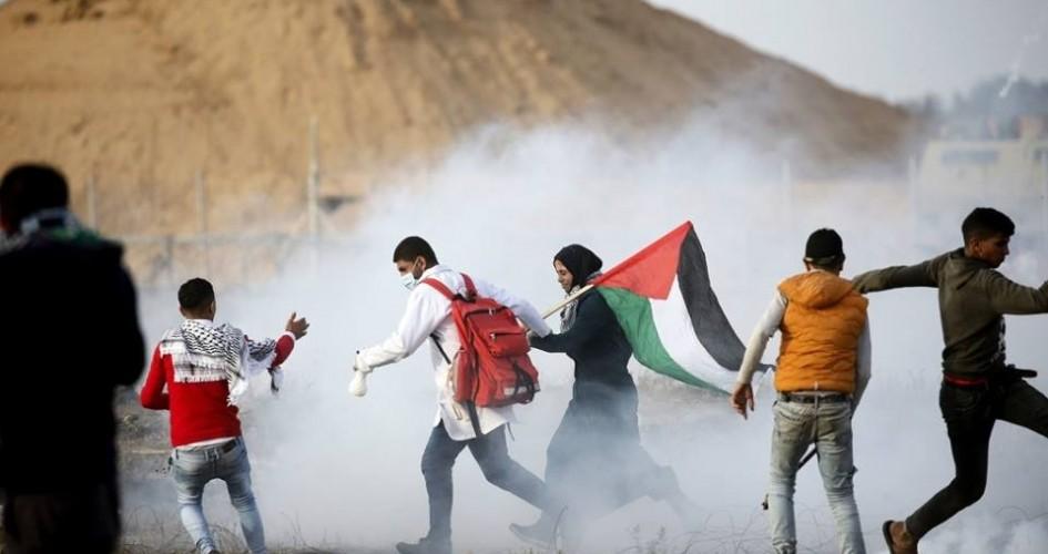 Dos palestinos asesinados y 37 heridos por la represión militar israelí