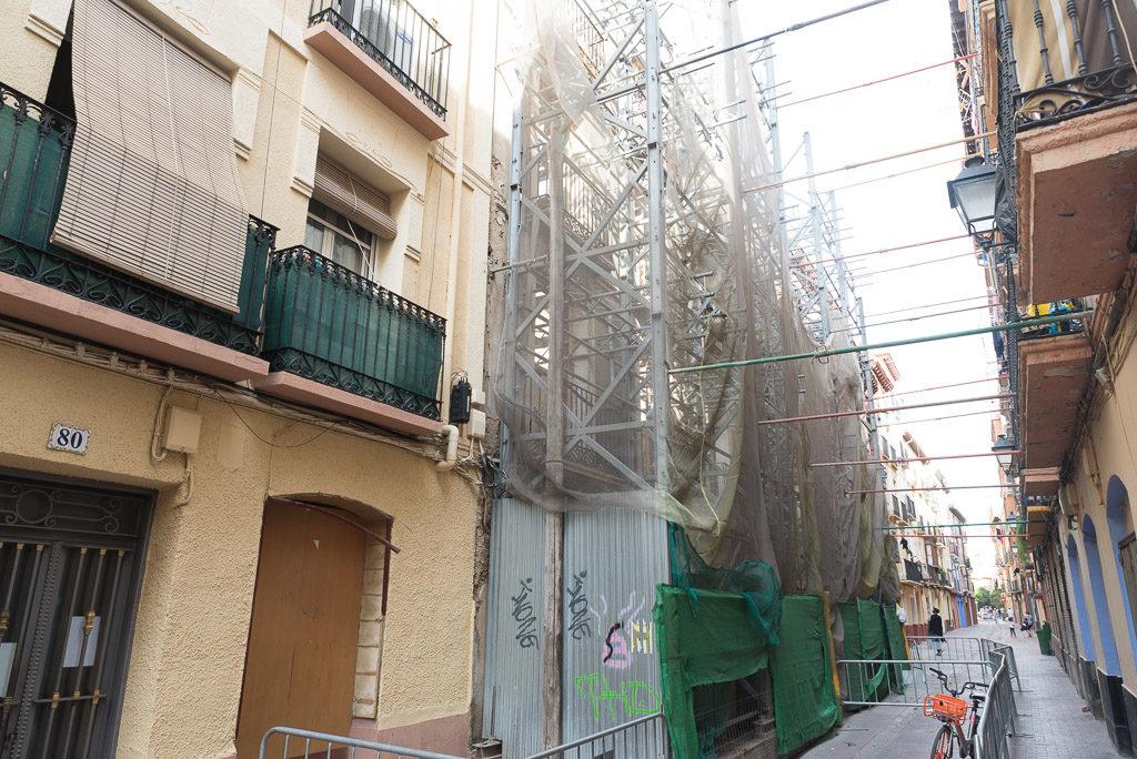 Edificio de Interés Histórico: tres palabras para romper un barrio y apuntalar un andamio