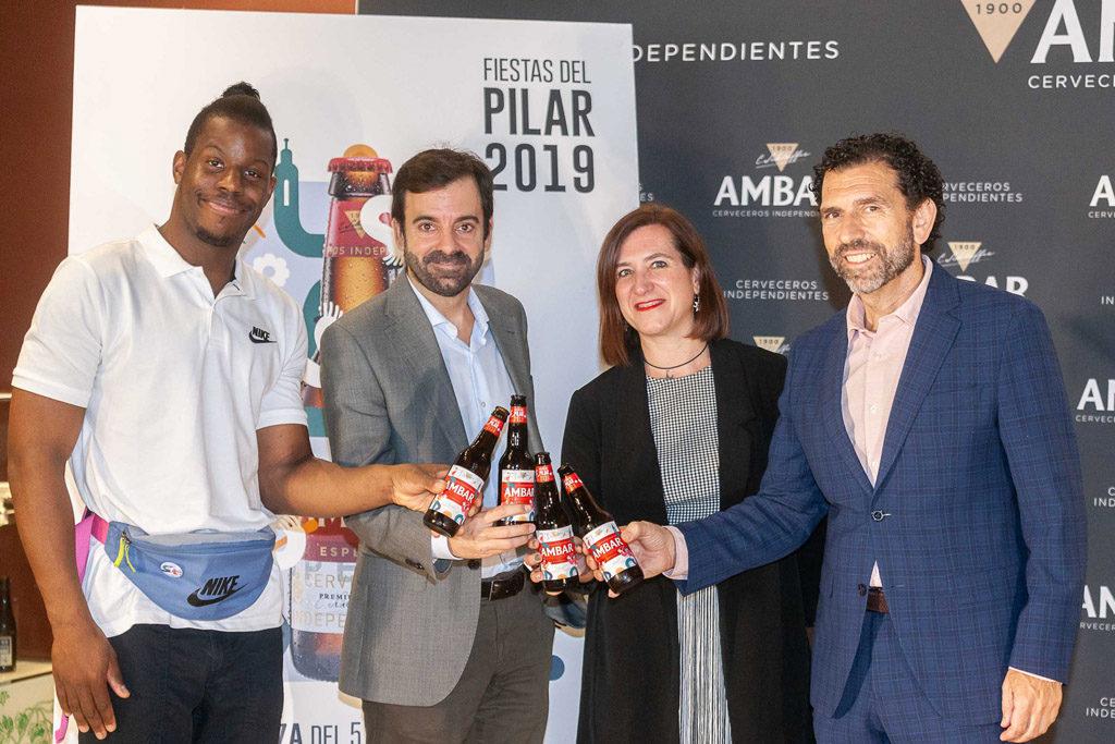 El gerente de Zaragoza Cultural se ausenta en plenas Fiestas del Pilar para promocionarse como escritor