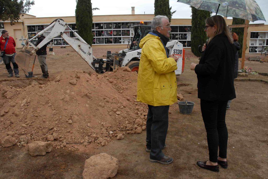 Sondeos en el cementerio de Alcanyiz para localizar víctimas de la represión franquista