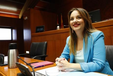 Maru Díaz anuncia que bajará las tasas universitarias y aumentará las becas