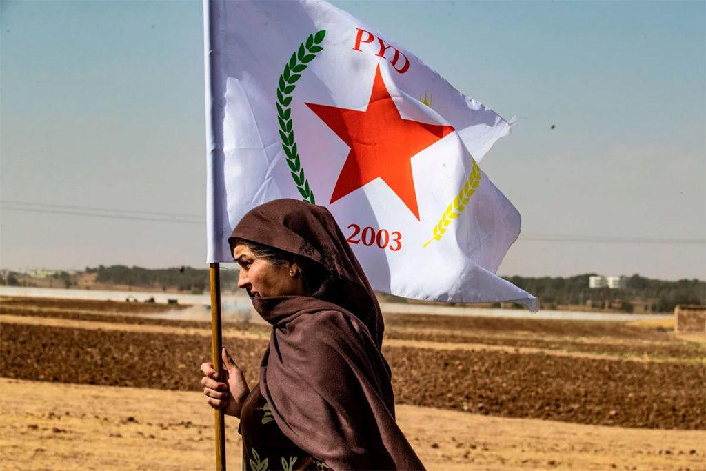 Rojava aguanta la ofensiva turca «sin más amistad que las montañas»