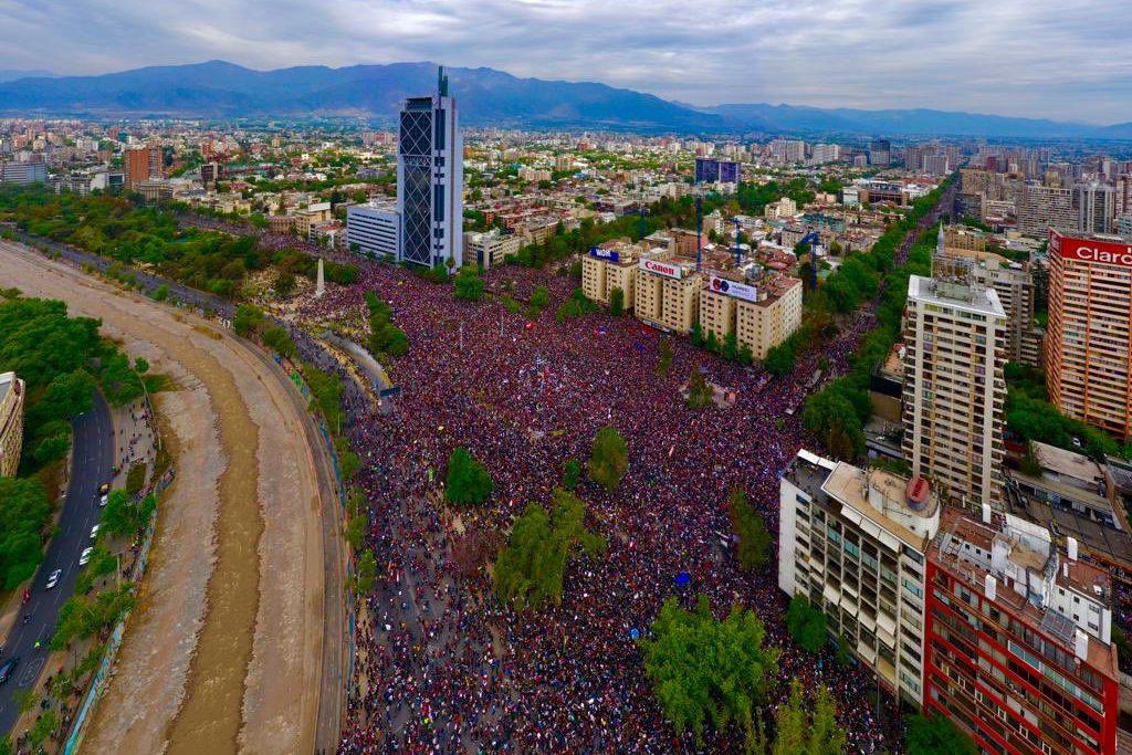 El Parlamento Europeo, la ONU y Amnistía Internacional investigarán las torturas, desapariciones y violaciones durante estos días en Chile