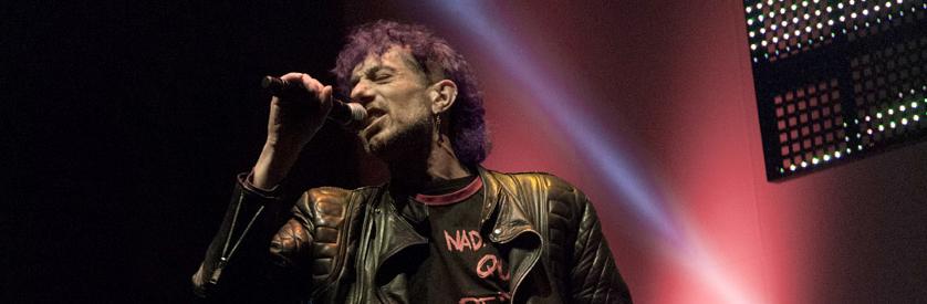 Manolo Kabezabolo y Los Ke No Dan Pie Kon Bolo en las fiestas del Pilar con sus clásicos punk