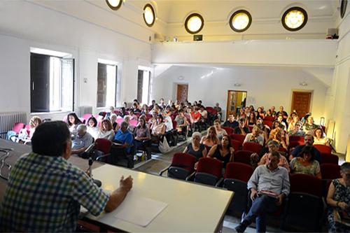La Asociación de Enseñantes con Gitanos en Aragón analiza los aspectos clave de una educación inclusiva