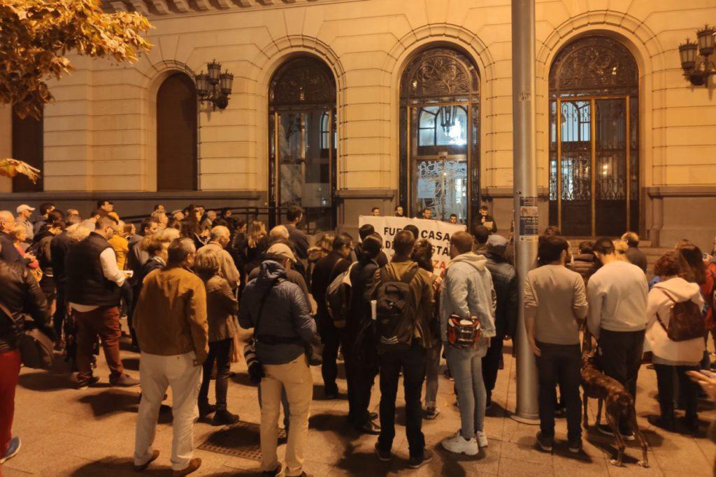 El barrio zaragozano de San José denuncia la apertura de una casa de apuestas al lado del colegio Agustín de Jericó