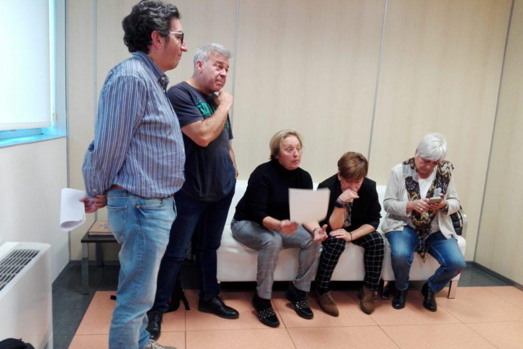 CCOO, CSIF y UGT se encierran en la gerencia del servicio aragonés de SALUD