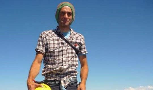 Fallece en un pico del Himalaya Fernando Sánchez Grassa, montañero y activista aragonés