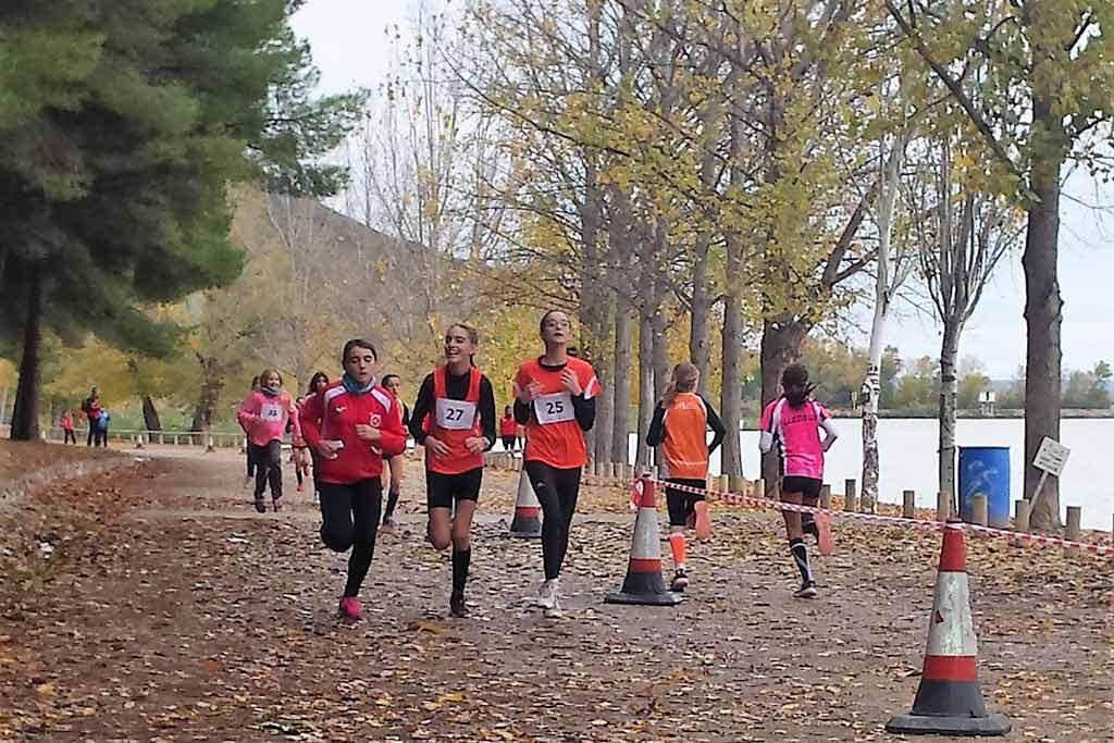 Mequinensa acoge este domingo su V Cross Villa de Mequinenza dentro del calendario oficial de la Federación Aragonesa de Atletismo