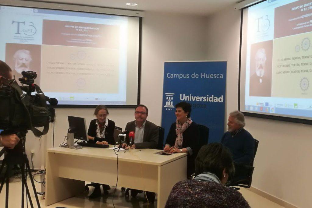 Investigadoras del Campus de Uesca publican en internet la primera traducción al aragonés de una pieza de Julio Verne