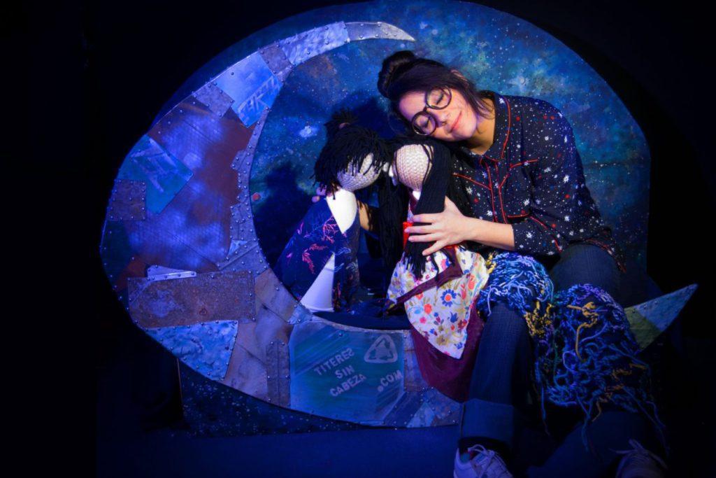 Títeres Sin Cabeza presenta en Zaragoza un espectáculo en el que invitan a mirar al cielo