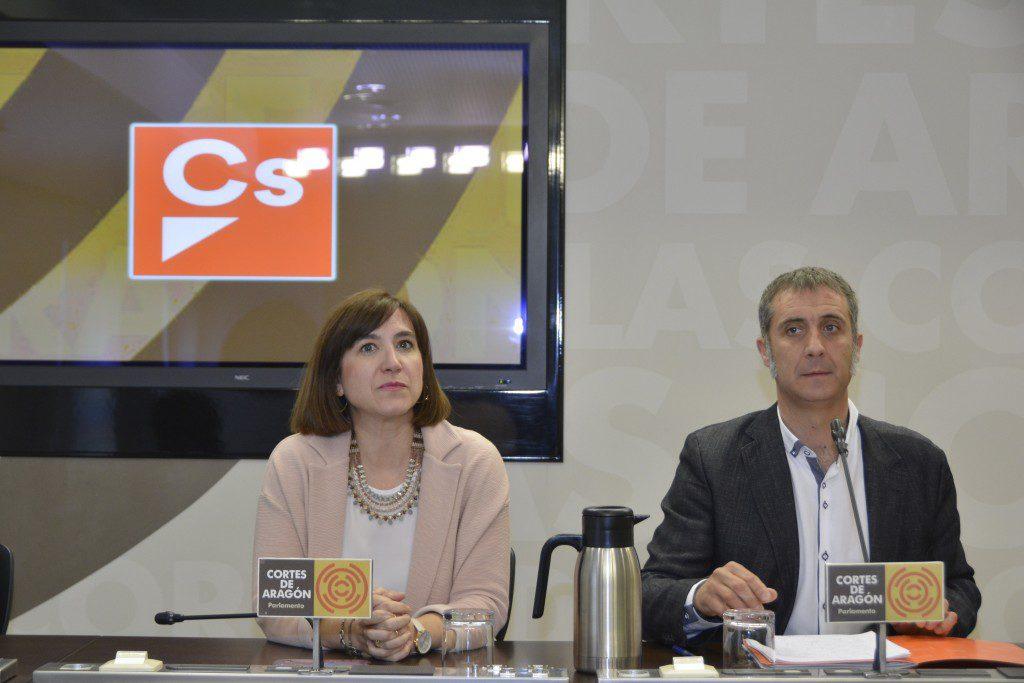 La guerra interna en Ciudadanos Aragón: afiliados comparan a su secretario de Organización con Hitler en un grupo de WhatsApp