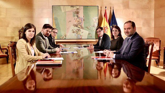 🔴 PSOE y ERC coinciden en que hay un «conflicto político» que «debemos resolverlo políticamente»
