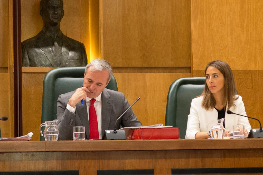 El gobierno de Azcón vota en contra de medidas para la conciliación y la igualdad
