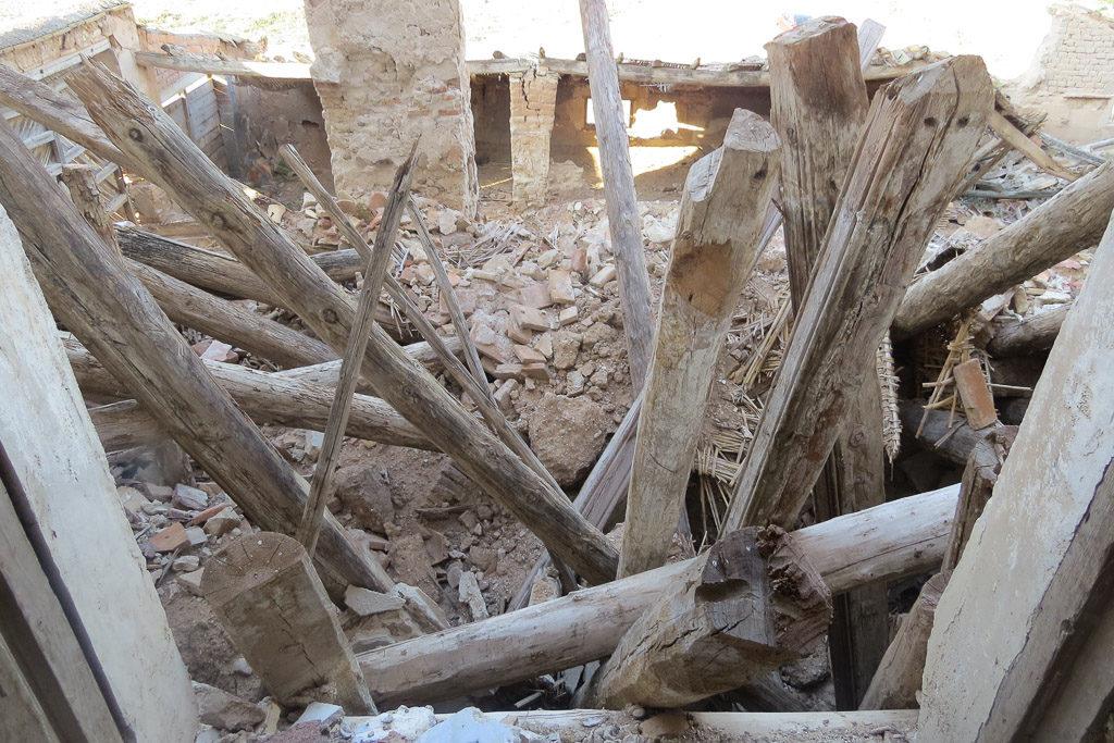 Puyalón denuncia la inacción del Ayuntamiento de Épila ante los derrumbes del palacete de Villa Mareca