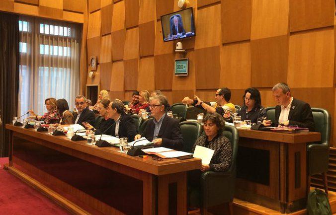 ZeC, Podemos y PSOE consiguen la abstención de PP y Cs para condenar el golpe de estado de 1936 y el régimen franquista