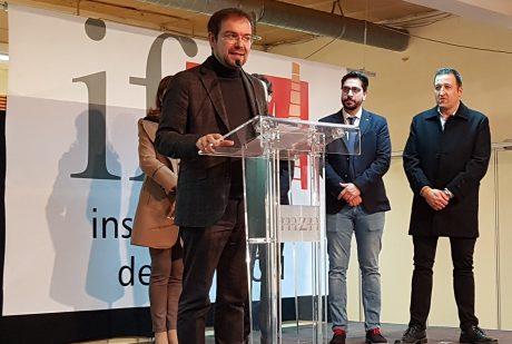 Más de un centenar de escritores y escritoras y 33 editoriales, en el XXV Aniversario de la Feria del Libro Aragonés de Monzón
