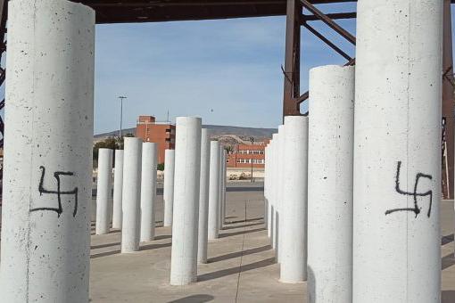 Amical de Mauthausen y otros campos denuncia los constantes ataques a los monumentos memorialistas