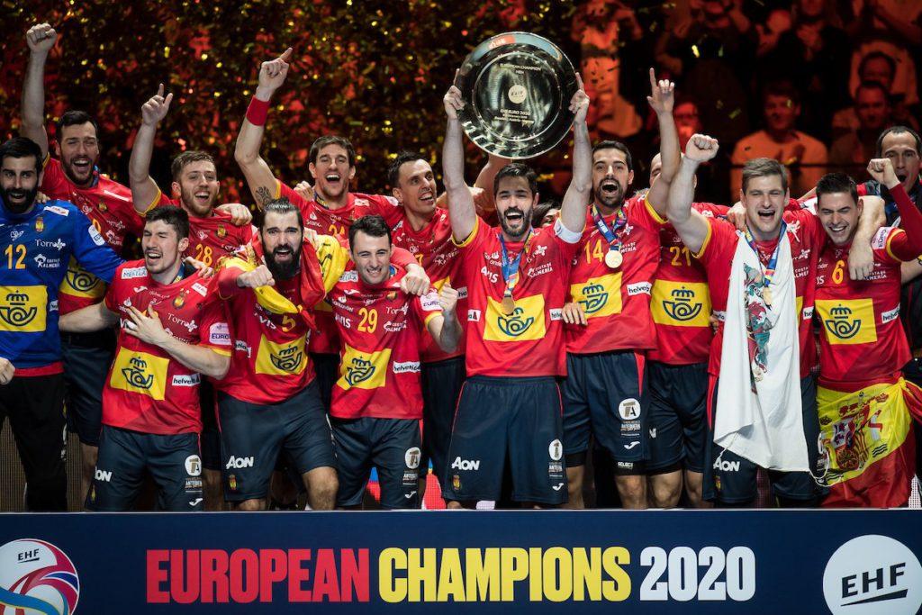La selección española revalida su título continental de balonmano masculino y consigue billete para Tokio 2020