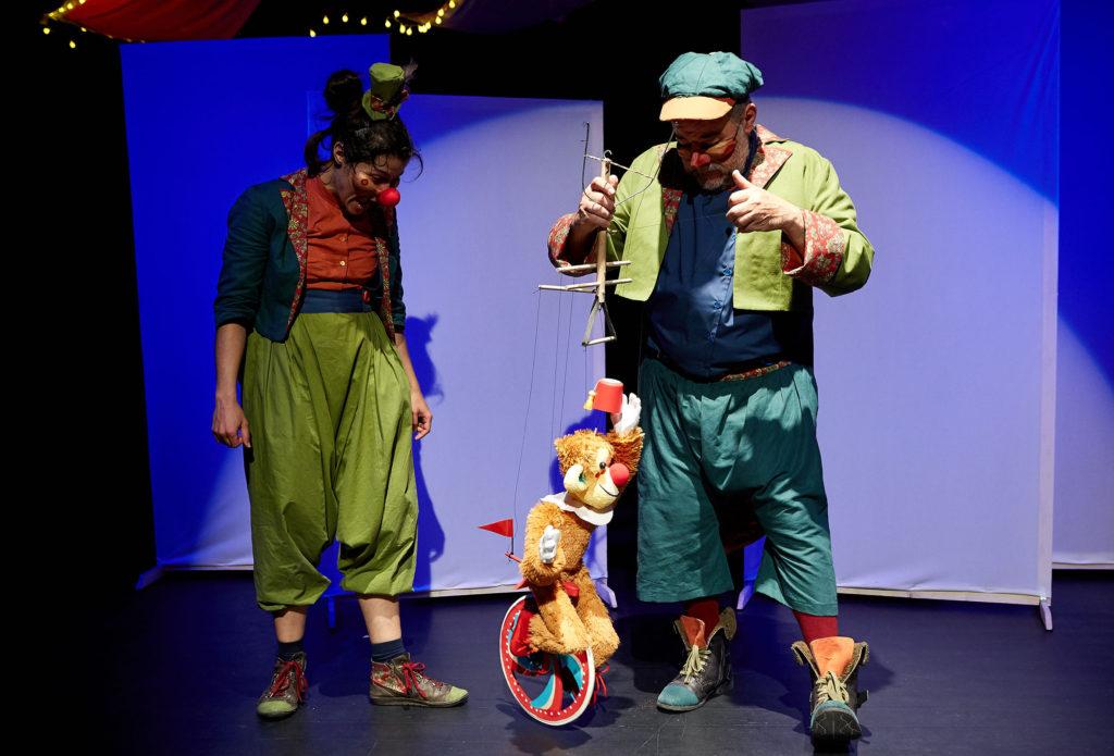 Teatro Arbolé presenta 'Un día en el Teatro', un viaje iniciático al mundo de las artes escénicas