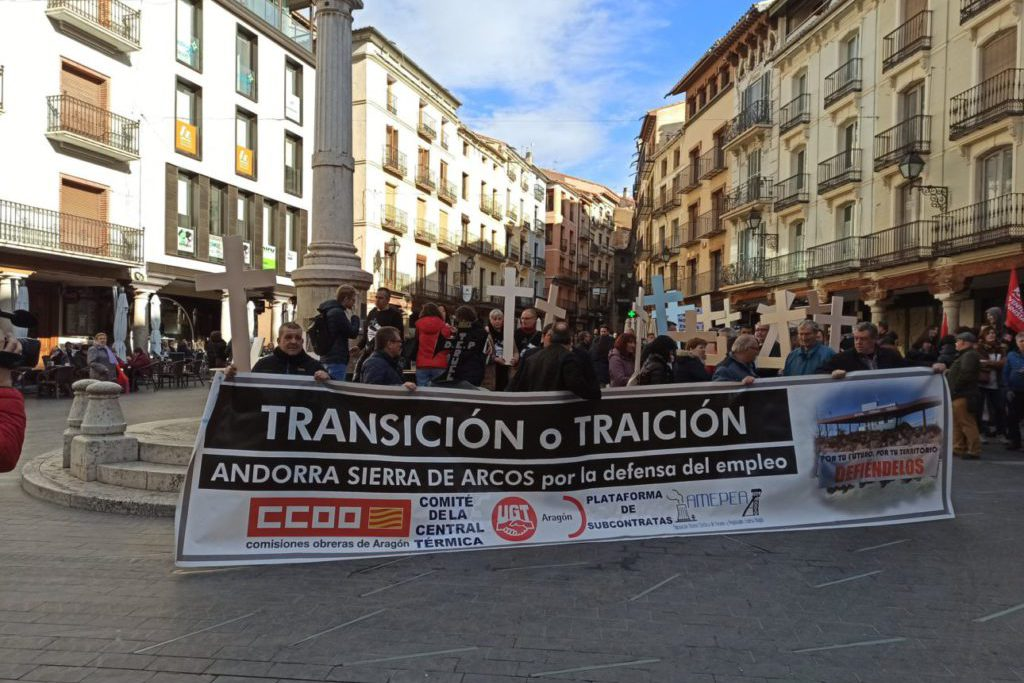 Cientos de personas se manifiestan en Teruel a favor de una transición justa para la Central de Andorra