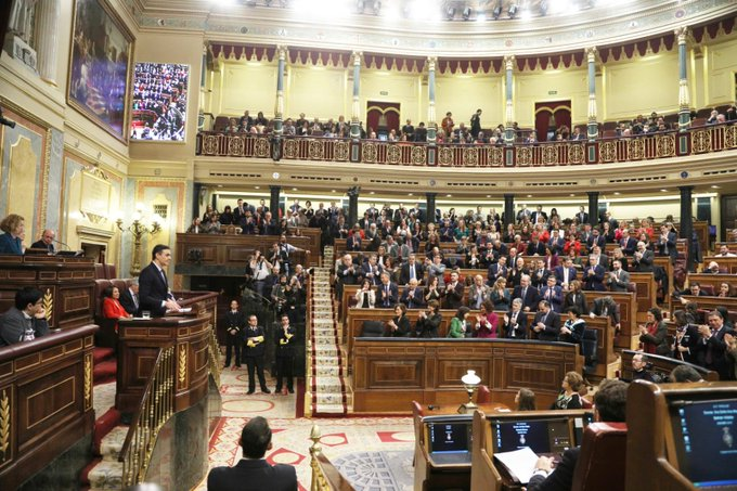 Sánchez dibuja un gobierno socialdemócrata moderado con llamamientos al diálogo, a la convivencia, y a la pluralidad
