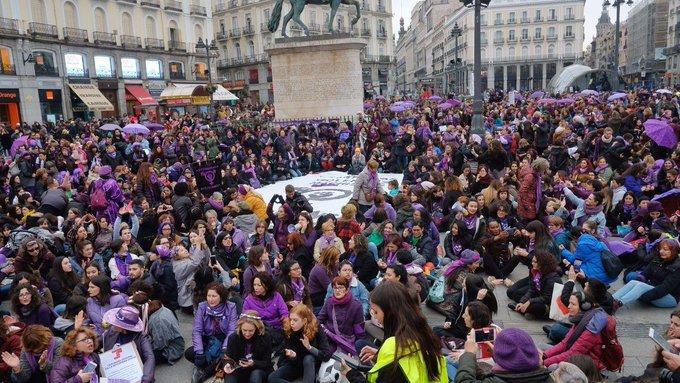 La Comisión 8M reúne a más de 300 personas en el encuentro de feminismos antirracistas