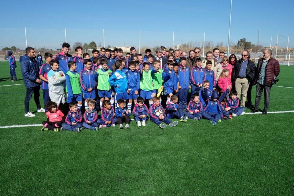 Sólo nueve clubs cumplen el acuerdo de tener algún equipo femenino para explotar uno de los 28 campos de fútbol municipales
