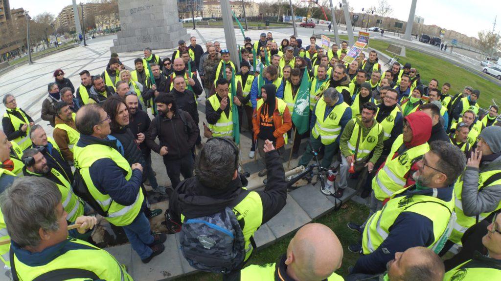 La plantilla de parques y jardines anuncia que «a partir de ahora» solo negociará con el Gobierno de Zaragoza