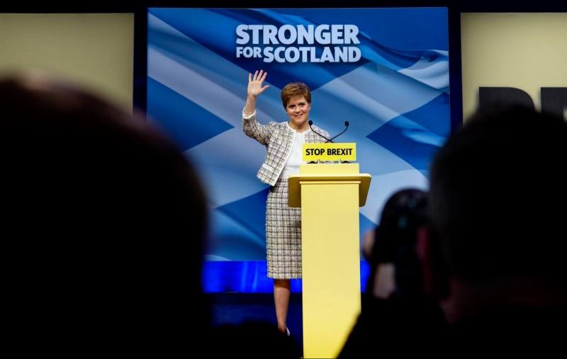 Sturgeon: «Escocia volverá al corazón de Europa como país independiente»
