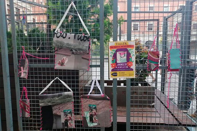 Teruel con las personas refugiadas dona la recaudación de las bolsas solidarias fabricadas a mano en 2019